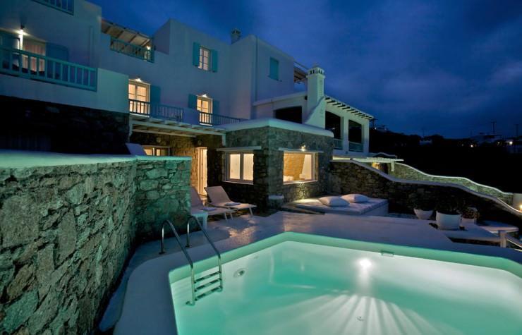 راحتی در میکونوس، یونان