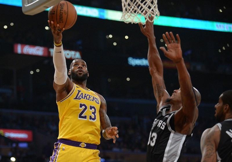 لیگ NBA، پیروزی لیکرز با درخشش جیمز، وریرز در سان آنتونیو مغلوب شد