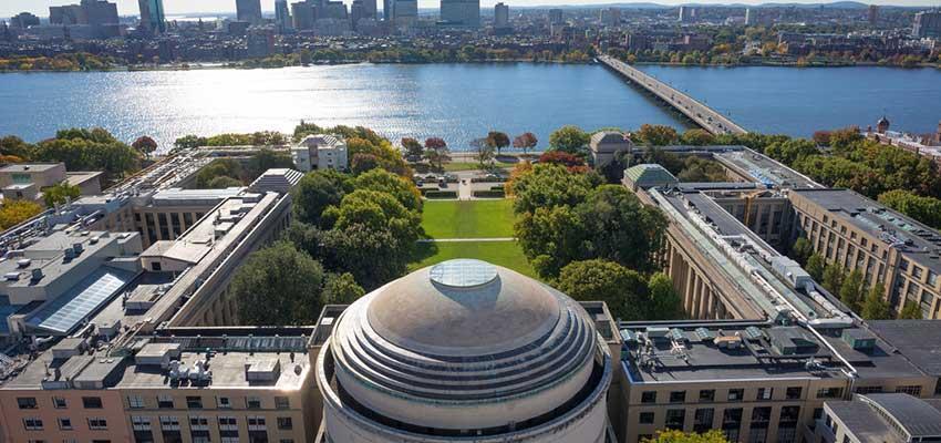 گشت و گذار در دانشگاه های ایران و دنیا؛ 5 دانشگاه معتبر دنیا برای کسب و کار را می شناسید؟