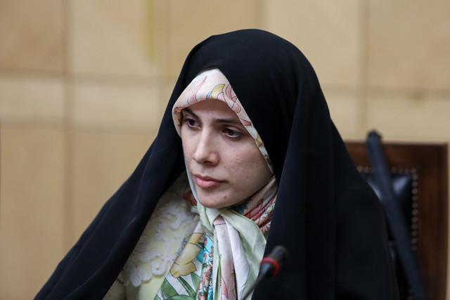 حسینی: افزایش کرسی های زنان در مجلس را در اصلاح قانون انتخابات دنبال می کنیم