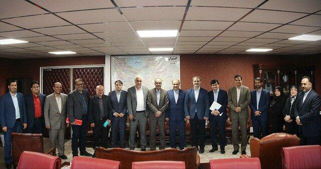 برگزاری مراسم تودیع خادم و معارفه حسینی در وزارت ورزش