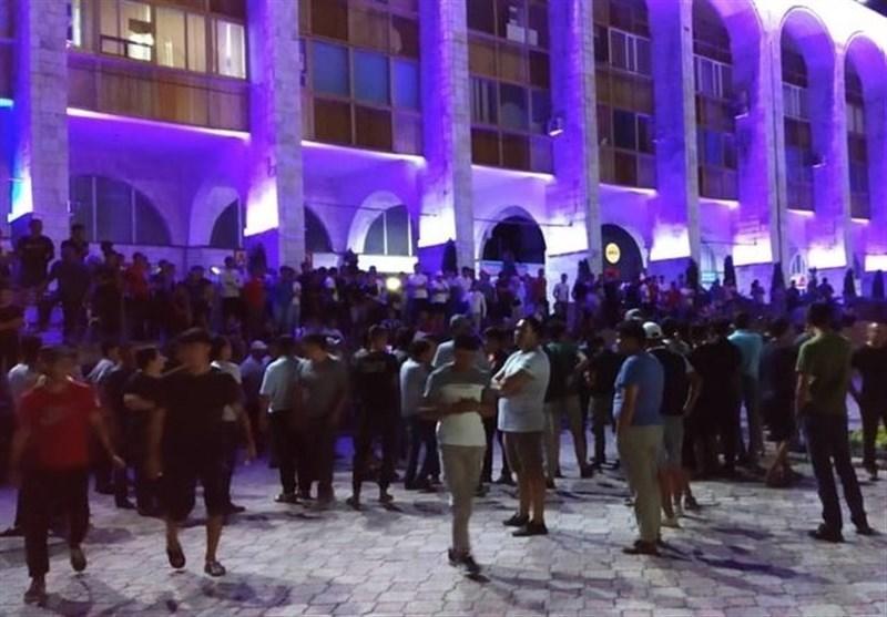 تجمع طرفداران رئیس جمهور سابق قرقیزستان در میدان مرکزی بیشکک