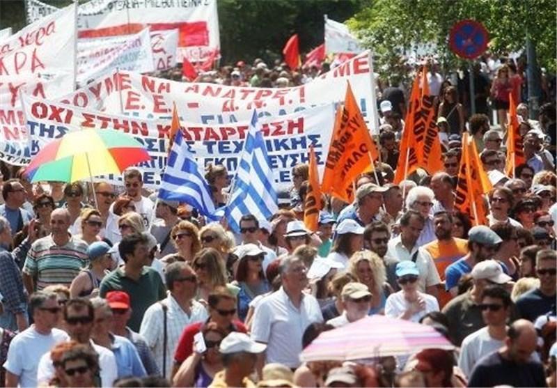 یونان به یاری های اقتصادی بیشتری احتیاج دارد
