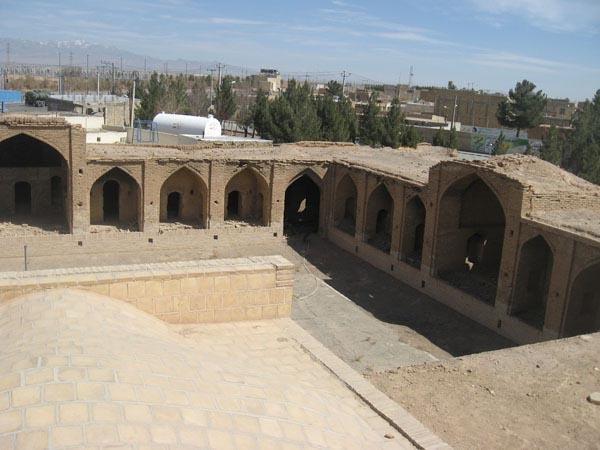 ابلاغ مراتب ثبت محدوده عرصه و حریم کاروانسرای سگزی به استاندار اصفهان