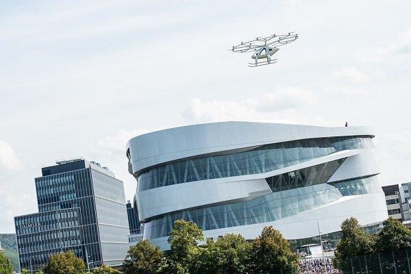 اولین آزمایش پیروز تاکسی هوایی بر فراز شهری در اروپا
