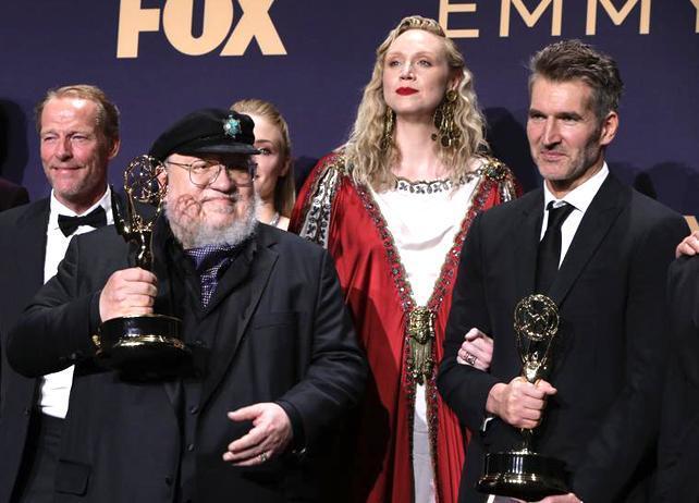 بازی تاج و تخت رکورد جایزه امی را شکست