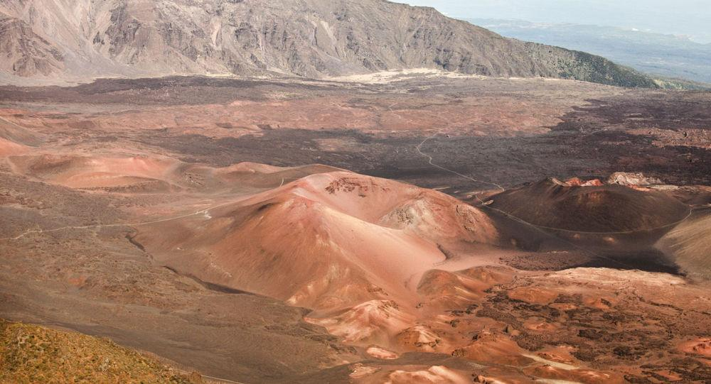 مریخ را آلوده کنید تا برای زندگی آماده شود!