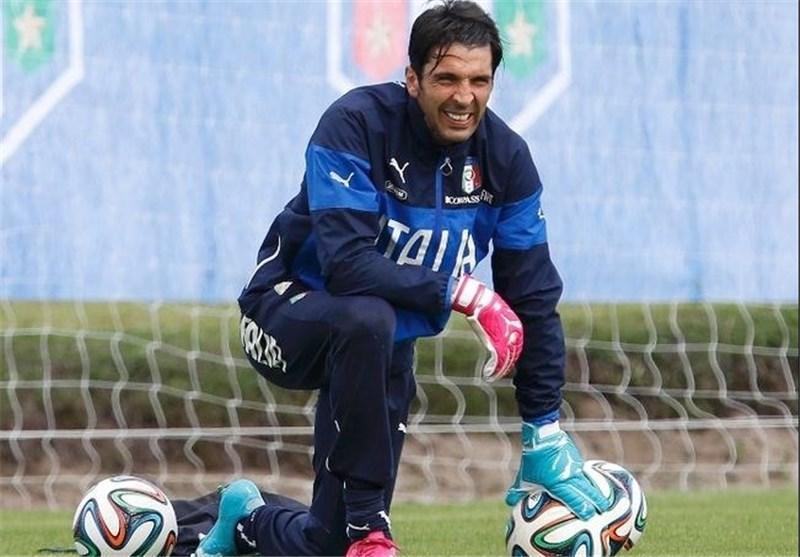 بوفون: بازیکنان تیم ملی ایتالیا با بالوتلی مسئله ای ندارند