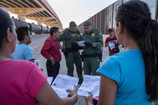 برنامه دولت آمریکا برای گردآوری نمونه دی ان ای مهاجران در مرزها