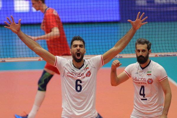 پیروزی قاطعانه تیم ملی والیبال مقابل روسیه، ایران همچنان در صدر