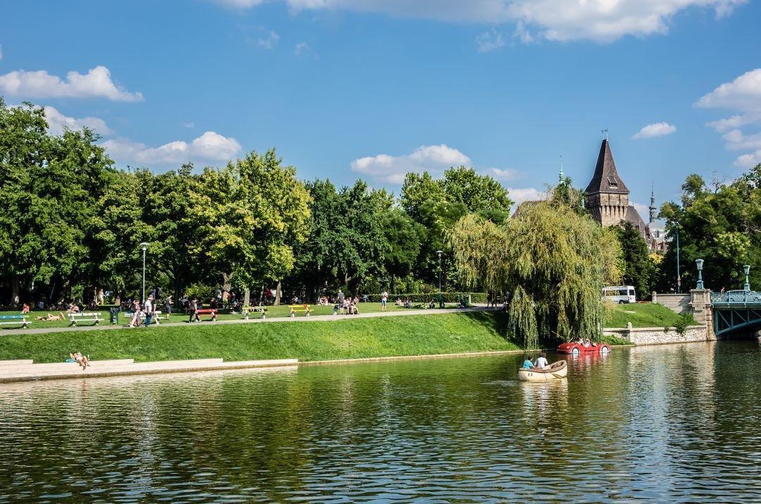 جاذبه های پارک وودلند سیتی در بوداپست