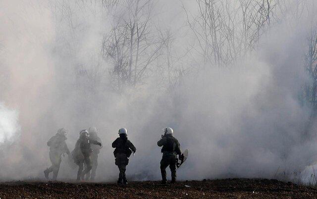 ترکیه به سمت گارد مرزی یونان گاز اشک آور شلیک کرد