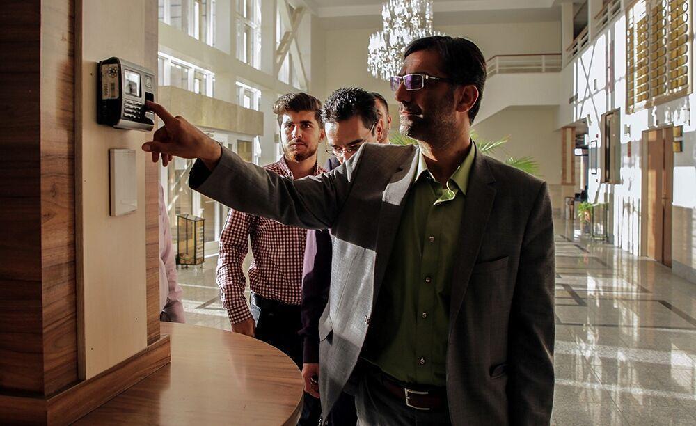 خبرنگاران کاهش ساعت کاری دستگاه های اجرایی فارس یک هفته دیگر تمدید شد