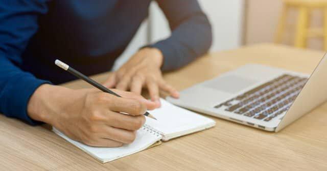 تقویت شعرسرایی با هوش مصنوعی گوگل