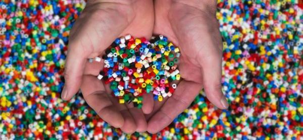 کاربرد انواع پلاستیک در زندگی روزانه، ویژگی ها و کد بازگردانی آن ها